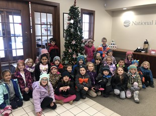 1st Graders Visit National Exchange Bank